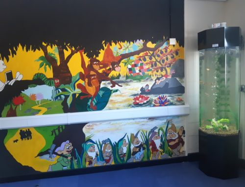 School Library Column Aquarium – Coop Academy Woodslee